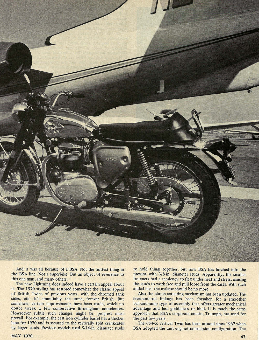 1970 BSA 650 Lightning road test 03.jpg