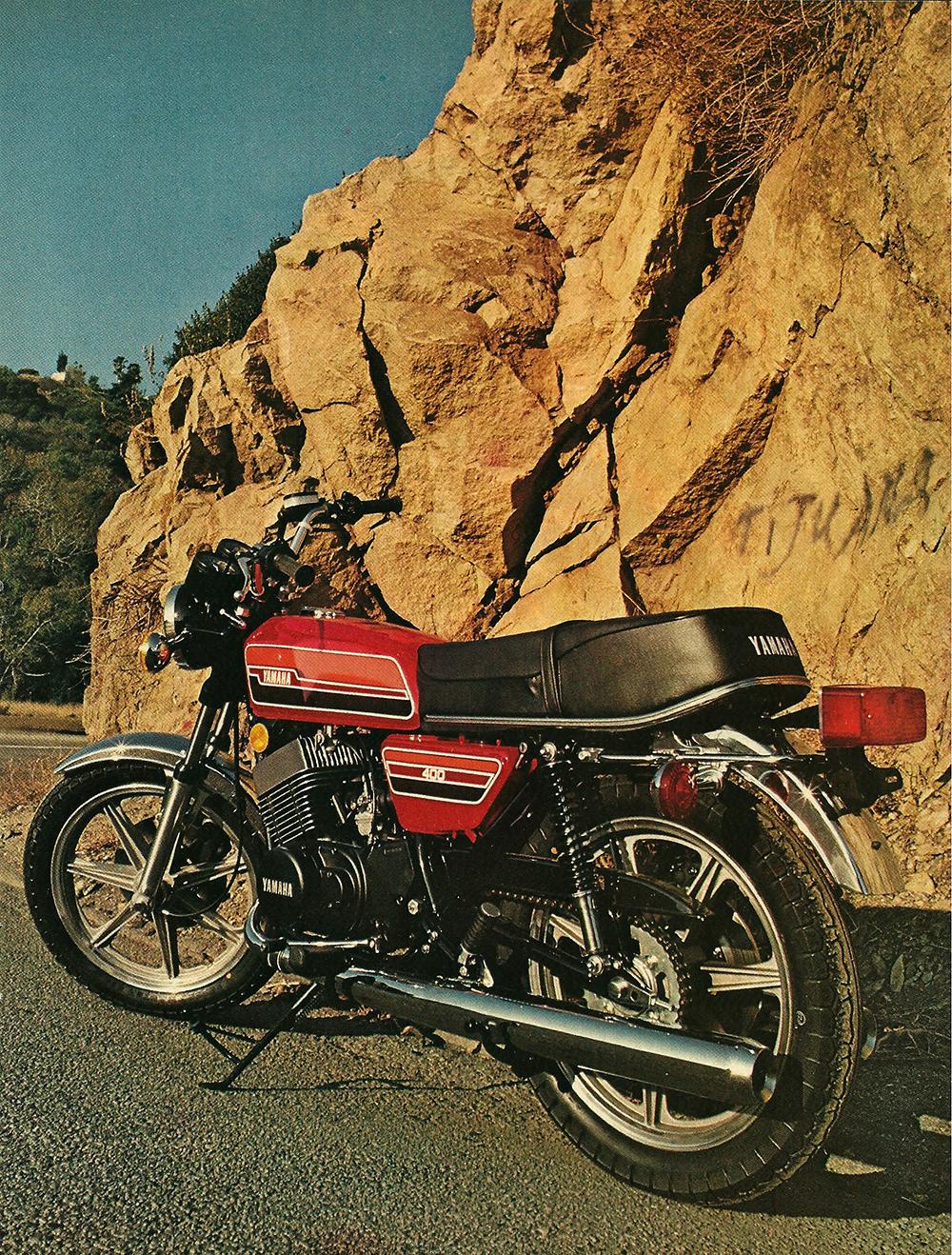 1976 Yamaha RD400C road test 2.jpg