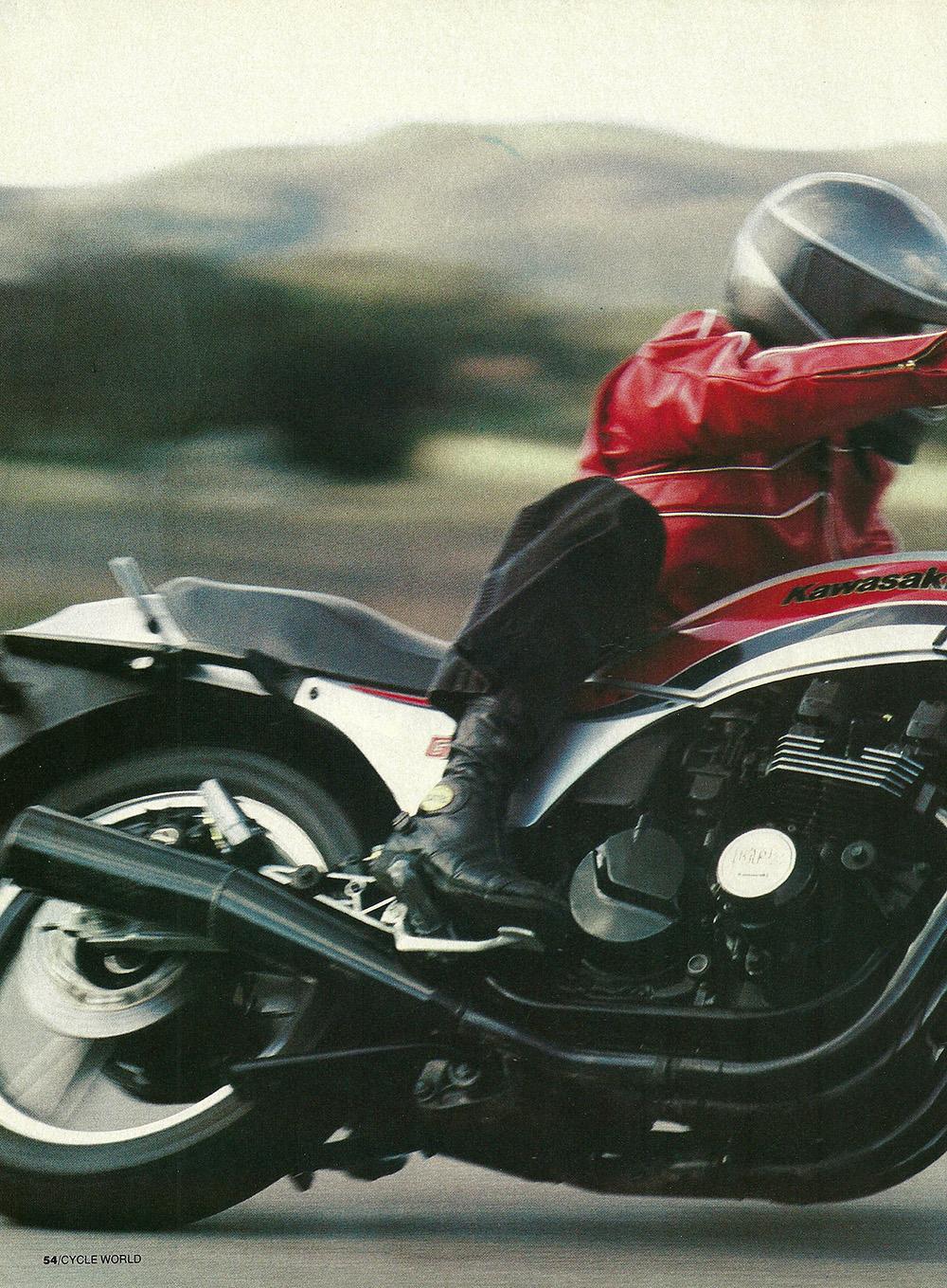 1984 Kawasaki GPz550 road test 03.jpg