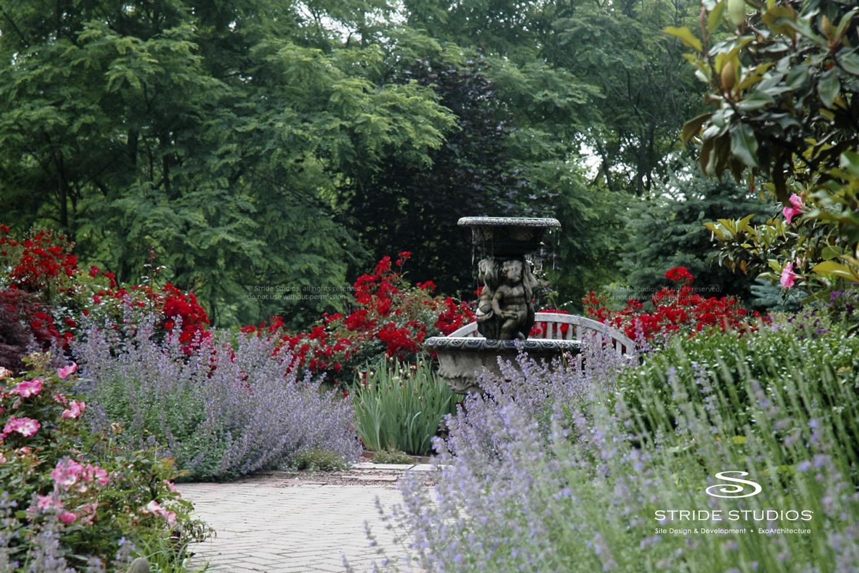 07-stride-studios-fountain-traditional-garden.jpg