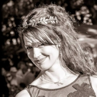 ELISE MCROBERTS    Cannabis Influencer & Producer, Founder,   NorCal CannaCuisine Gala | http://elisemcroberts.com/