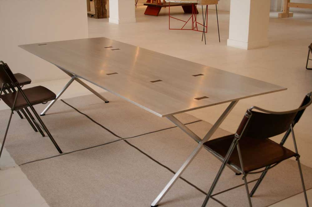 aluminum-butterfly-table.jpg