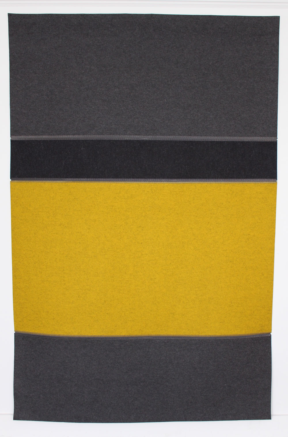 Wool Felt Rug - Graphit, Anthrazit & Senf - Click to buy online
