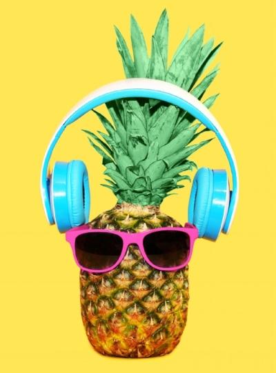 Messy Bun Pineapple.jpg