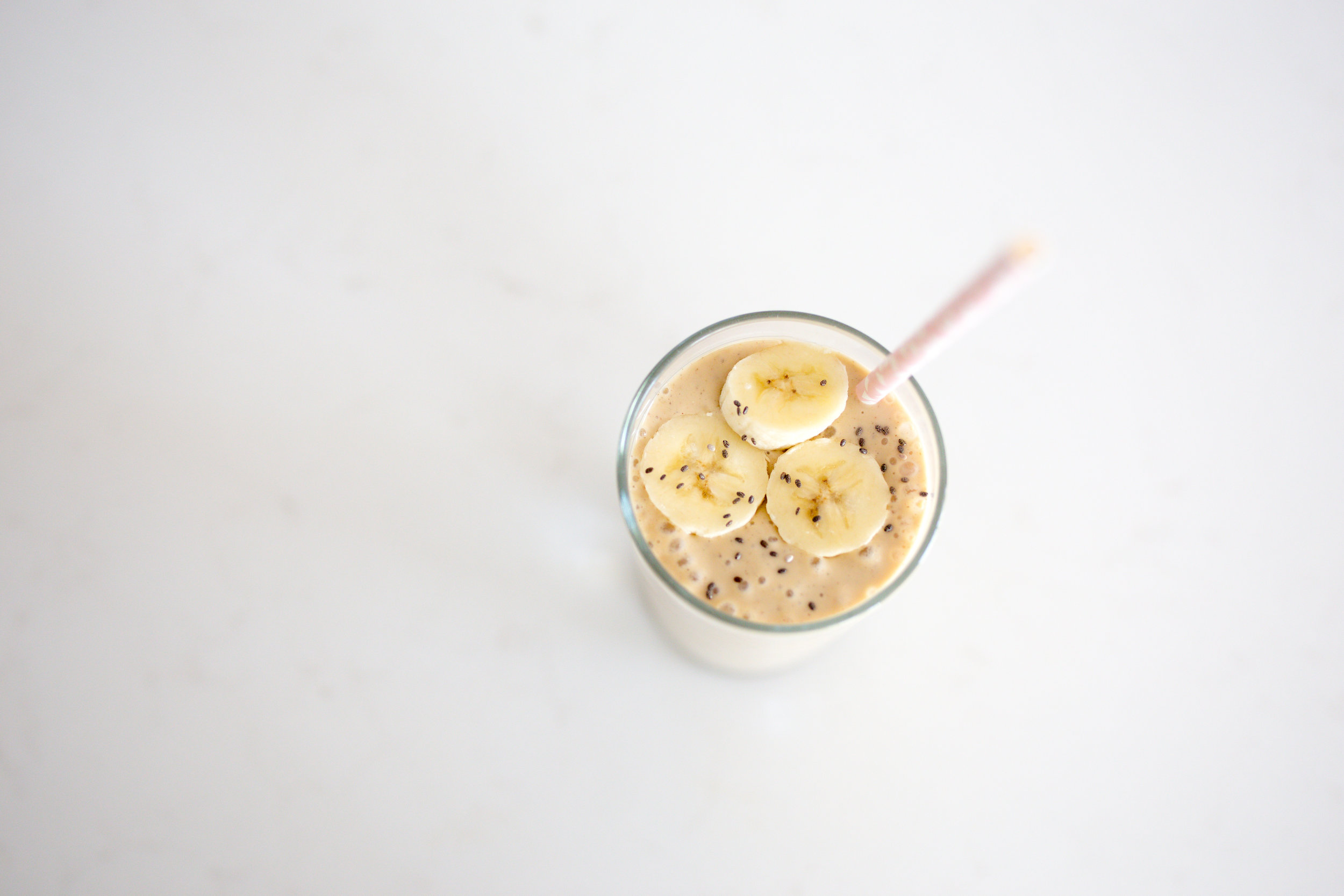 Banana & Peanut Butter Vegan Protein Smoothie