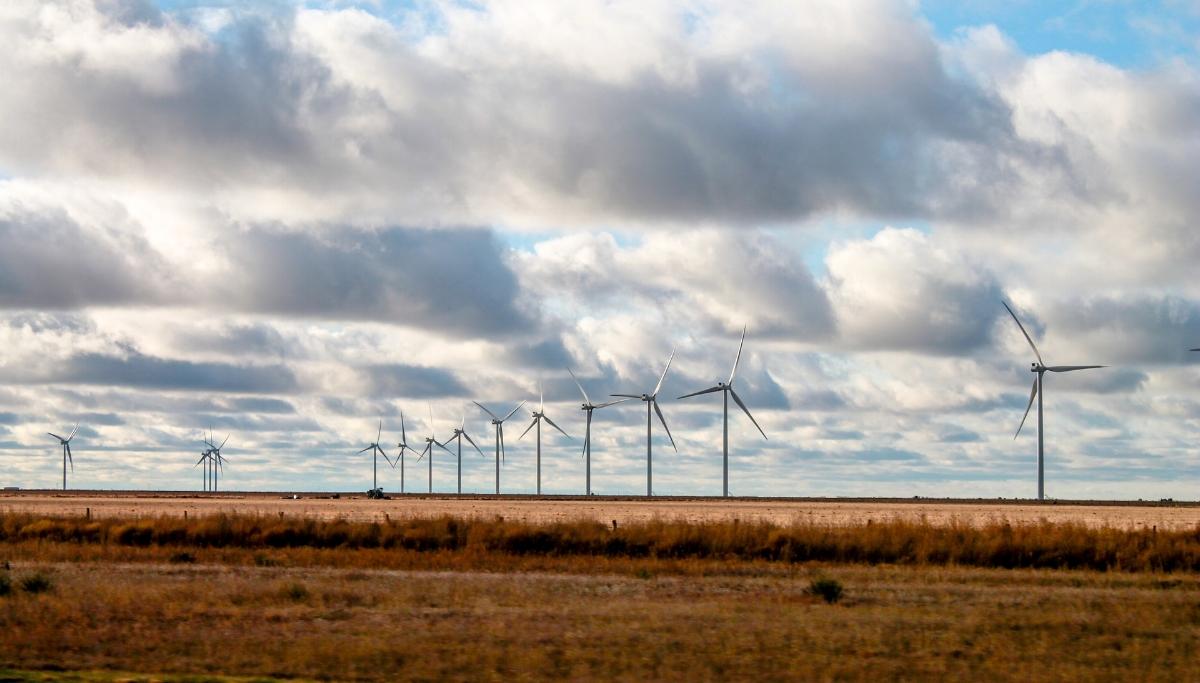 Texas_Landscape_Windmills.jpg