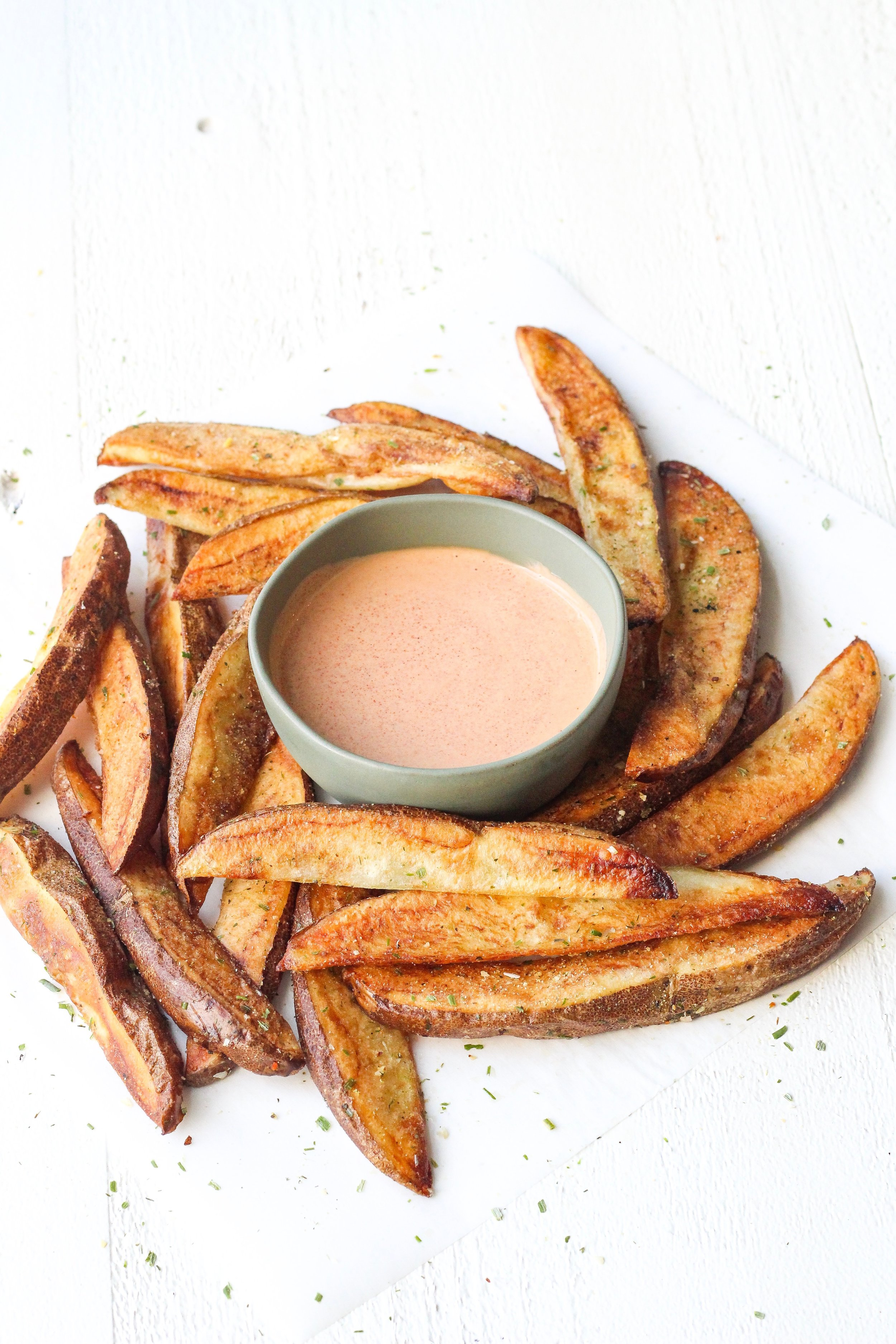 Whole30 Roasted Potato Wedges with Chipotle-Lime Aioli