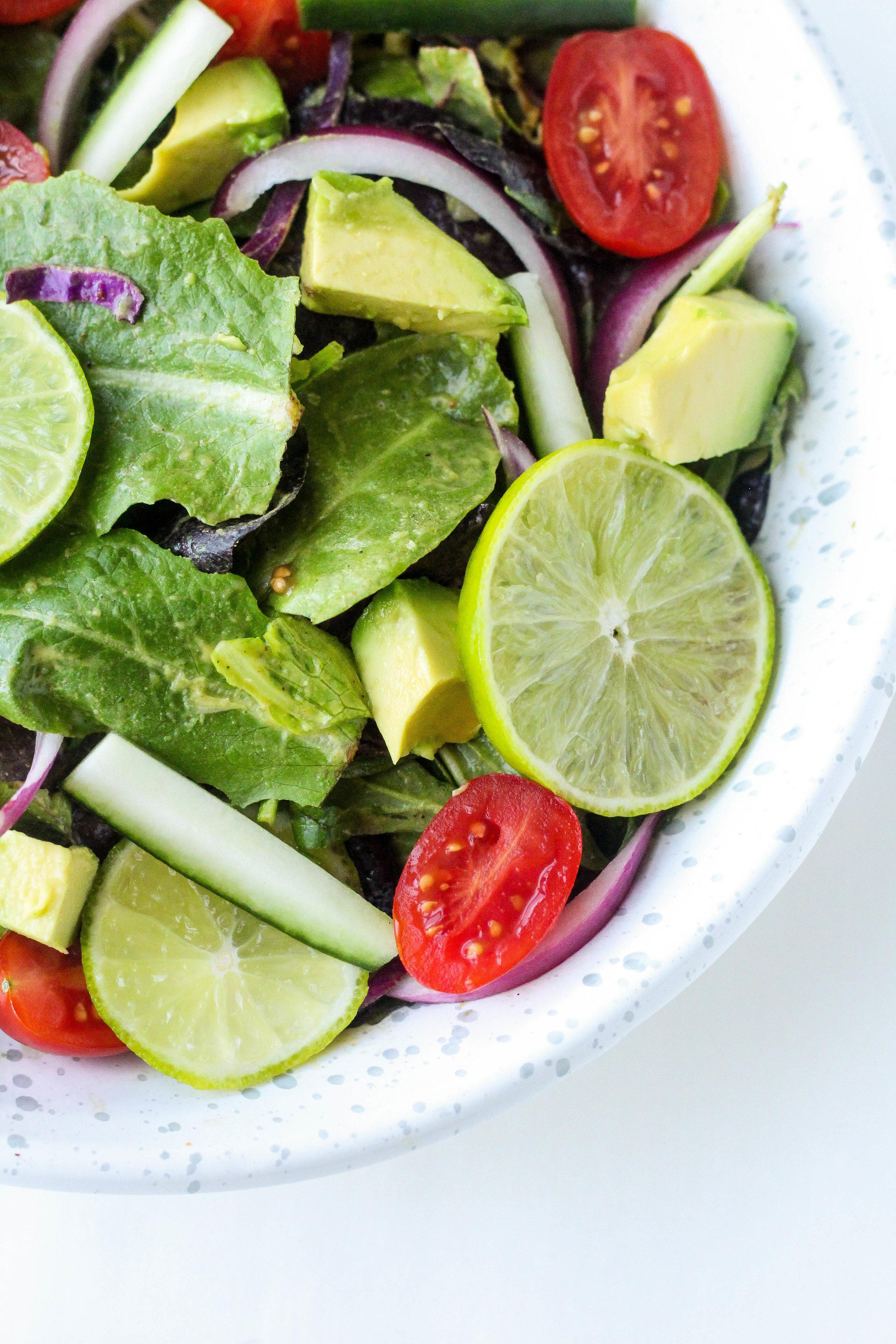 Avocado Lime Dressing (Whole30, Dairy-Free, Paleo)