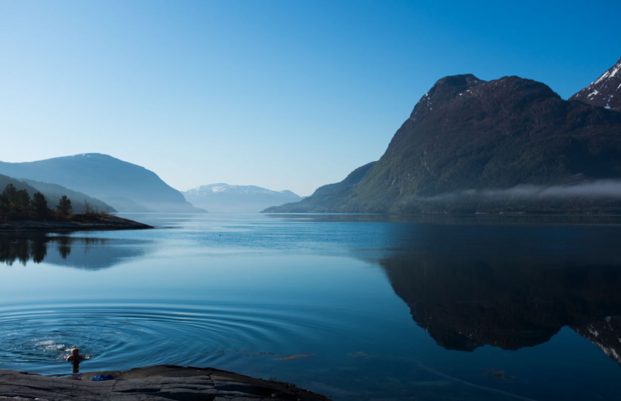 Thea having a wild swim at Imarbu (a cabin in the Norwegian tourist organisation) in Møre og Romsdalen, Norway.