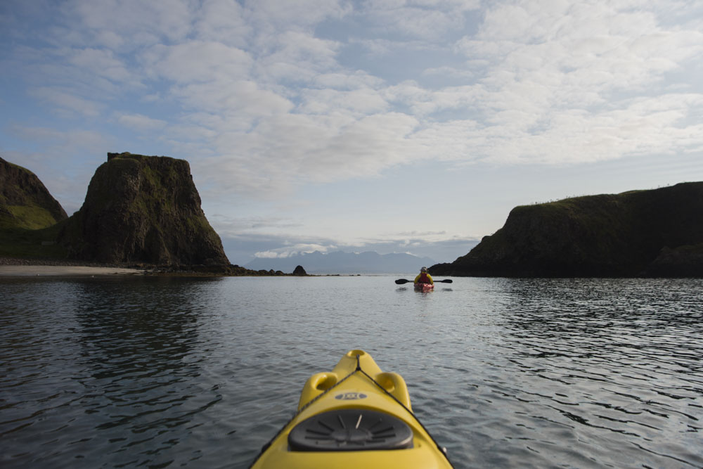 Calm sea on our last day on Canna, with a clear view of the Cullin ridge on the Isle of Skye
