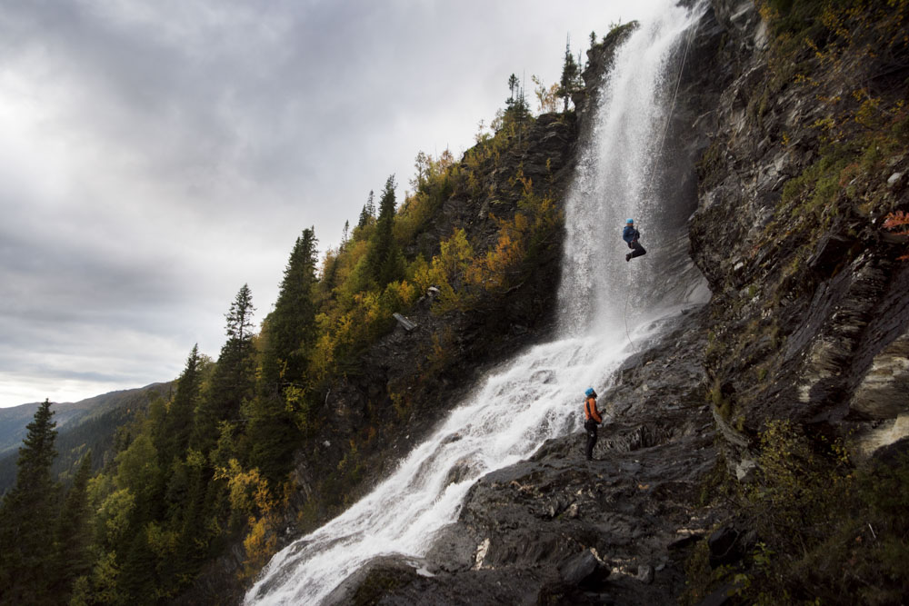 Despite a lack of power because of nerves, Thea gave it her best shot to kick out from the wall, to give Mark a photo opportunity of her against the waterfall backdrop.