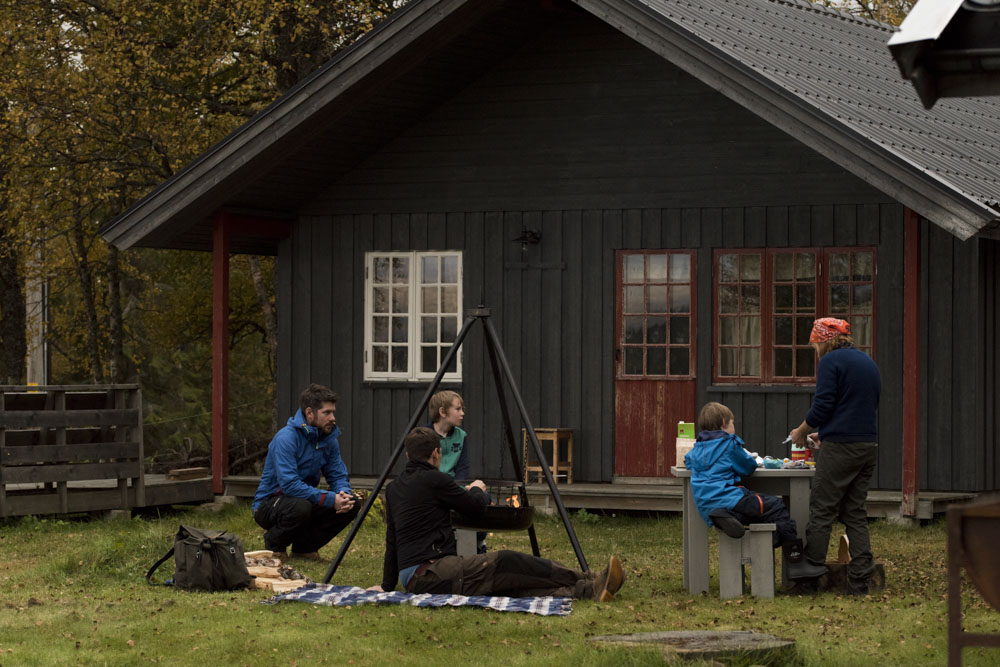 A wonderful picnic by our cabin