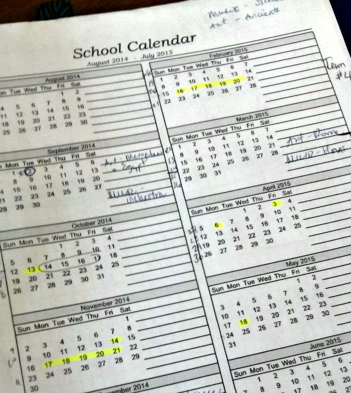 Planning for a peaceful homeschool year - tips & advice for creating a homeschool schedule or routine that works for your family.