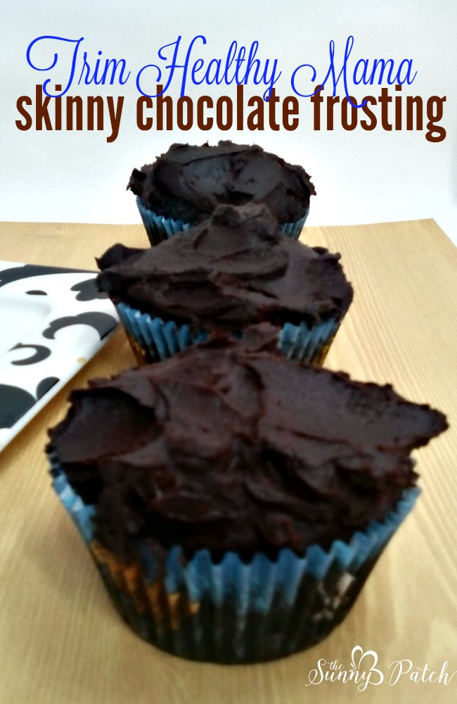 Skinny Chocolate is a staple for many Trim Healthy Mama followers. Today I'm taking that basic chocolate recipe to make Skinny chocolate frosting.