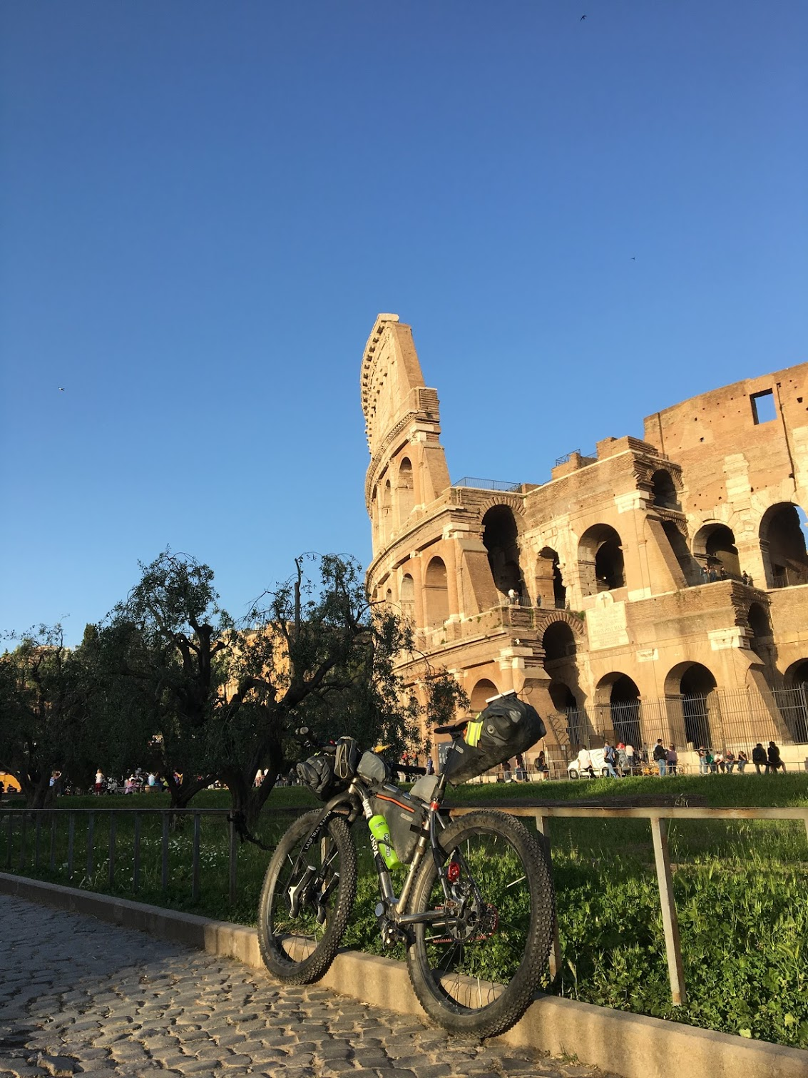 OSPA-DIVIDE 2018-Day1-Rome-Coloseo8.JPG