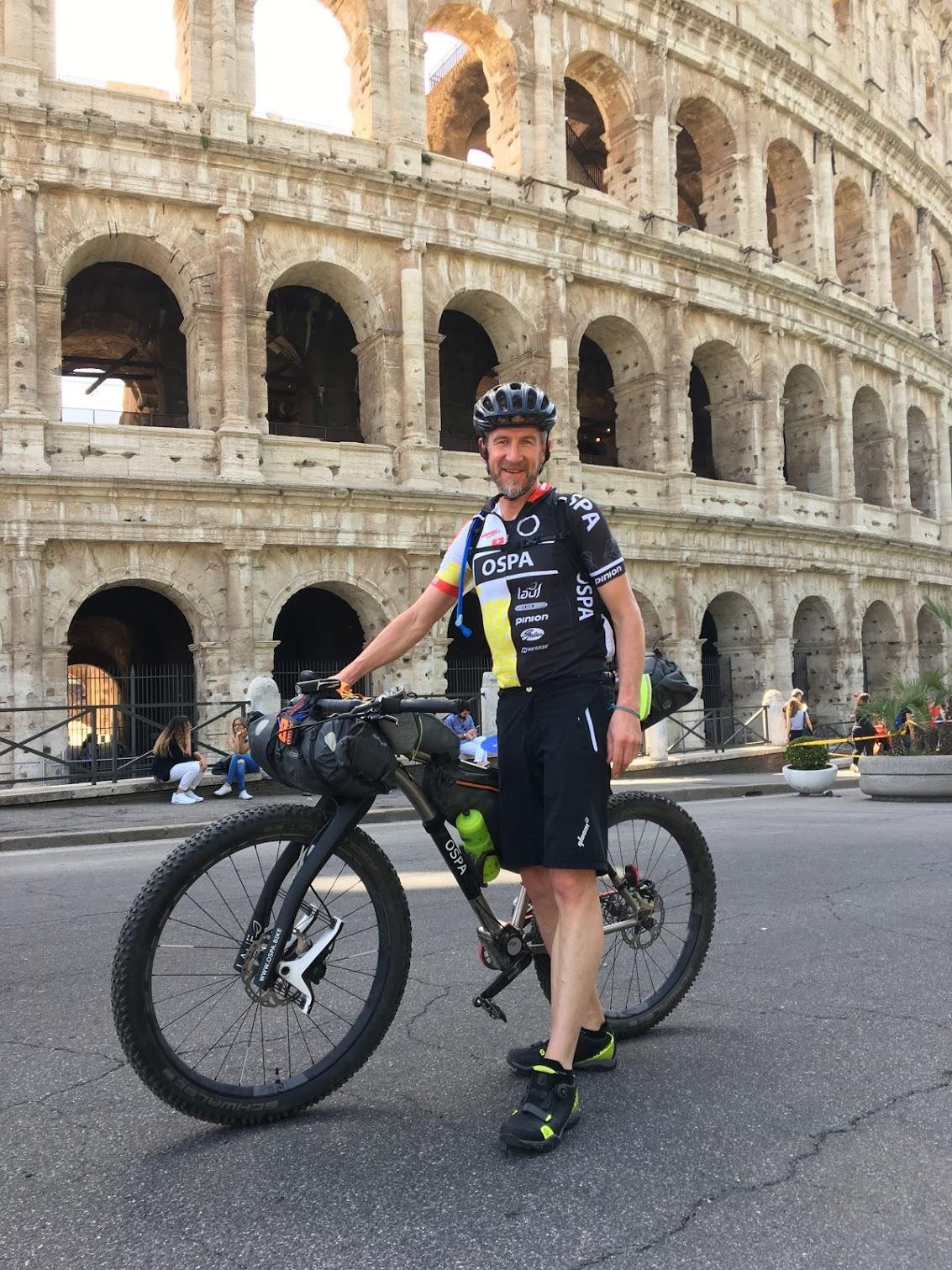 OSPA-DIVIDE 2018-Day1-Rome-Coloseo2.JPG