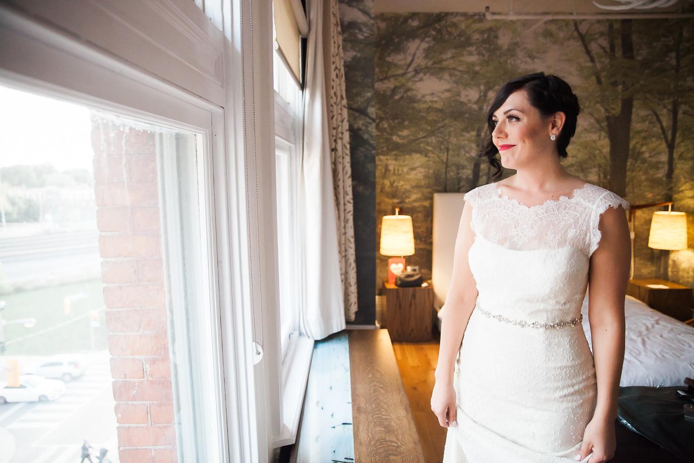 Toronto Gladstone Hotel Wedding Photo