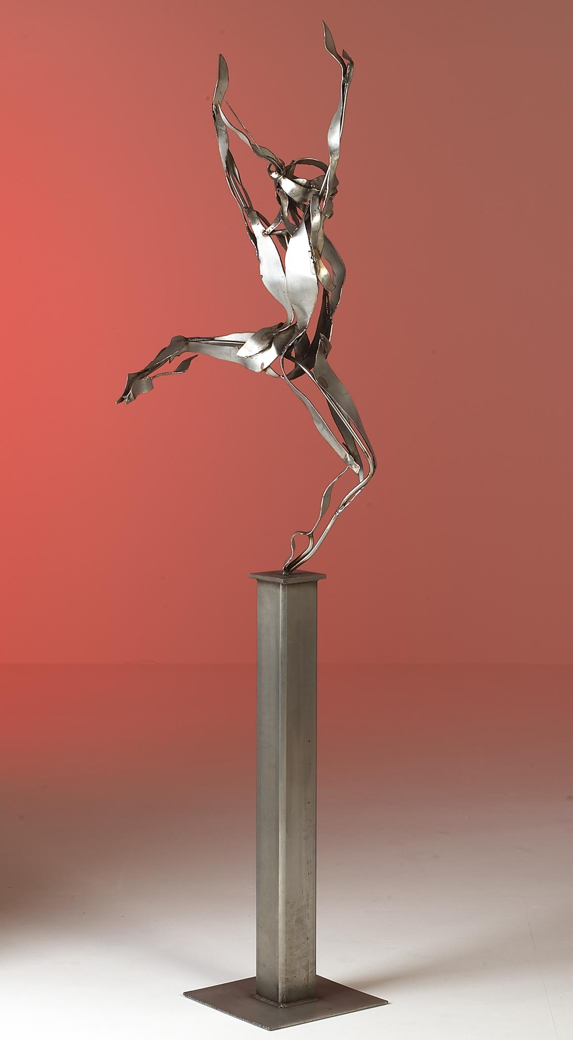 Freedom | 210cm High Stainless Steel