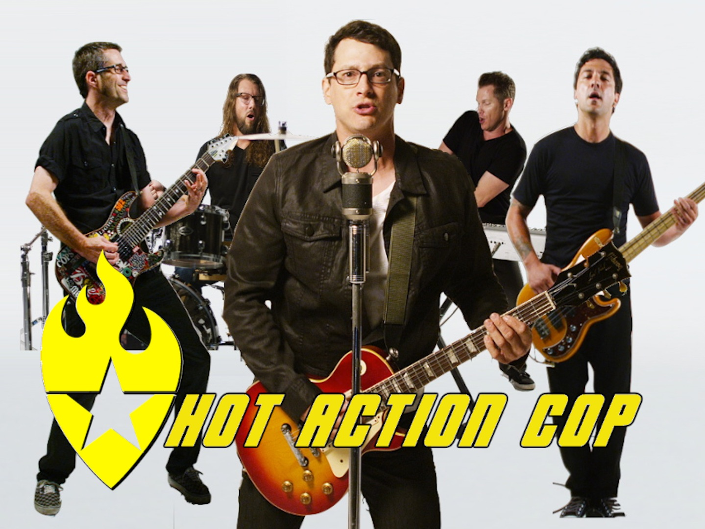 Hot Action Cop PHOTOS 1