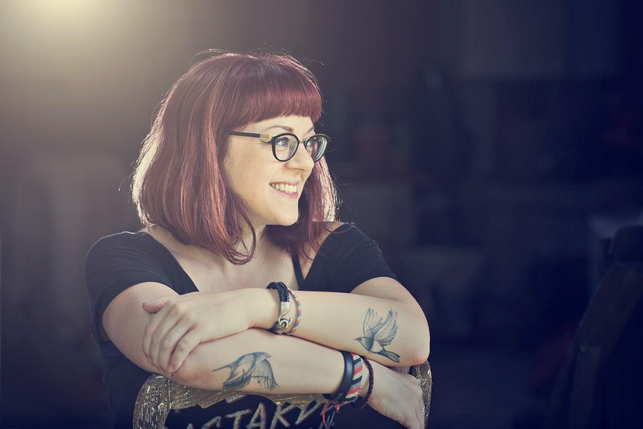 Victoria Schwab Author Photo 2019.jpg