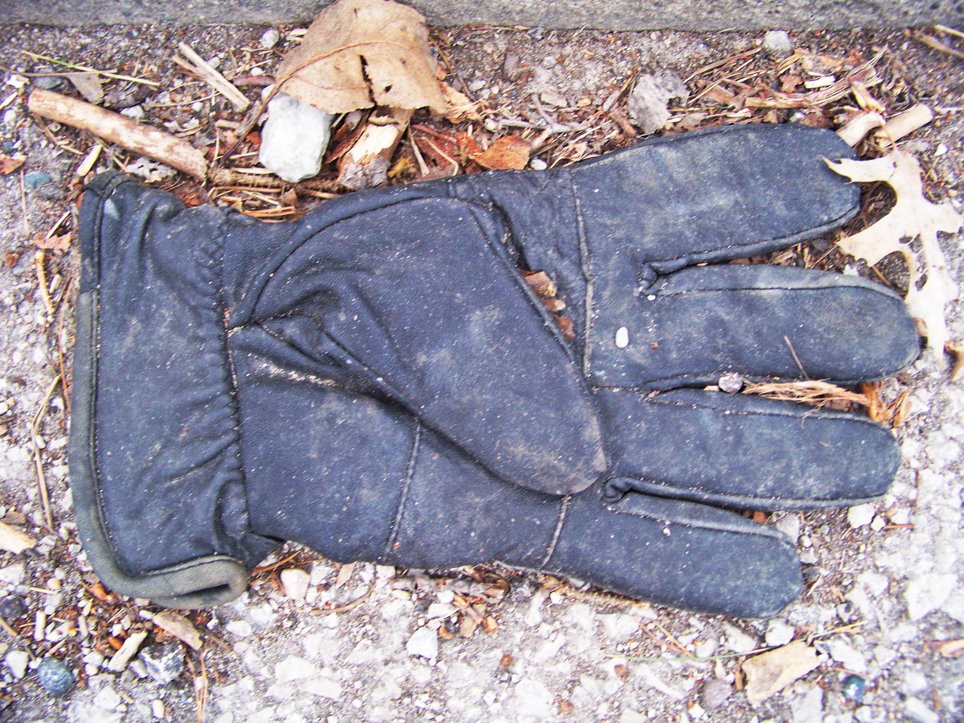 Glove Black.jpg