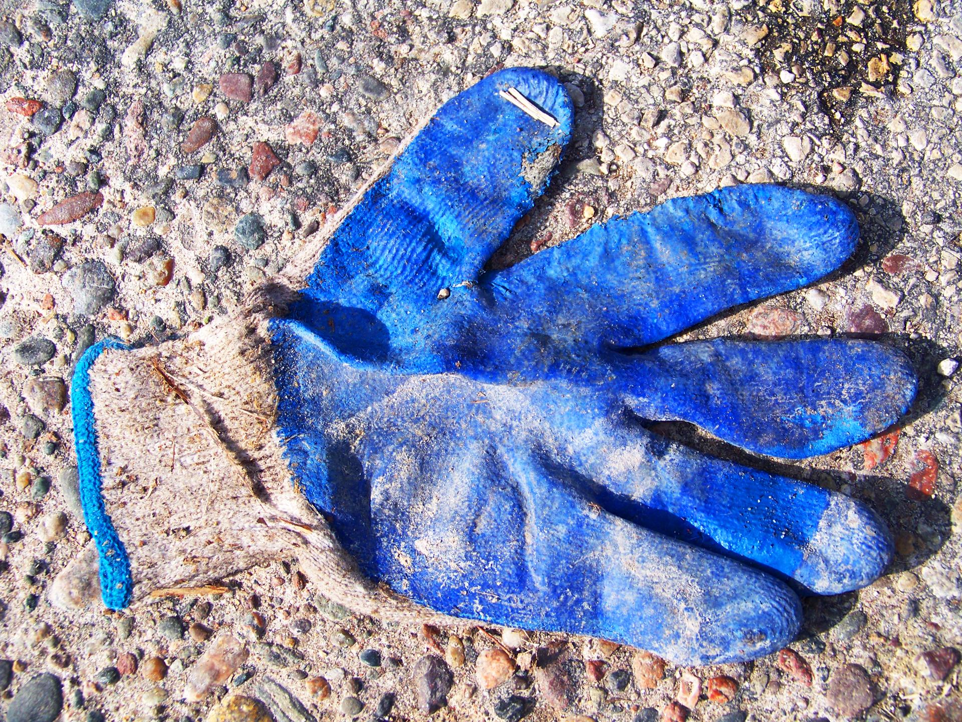 Glove Blue2.jpg