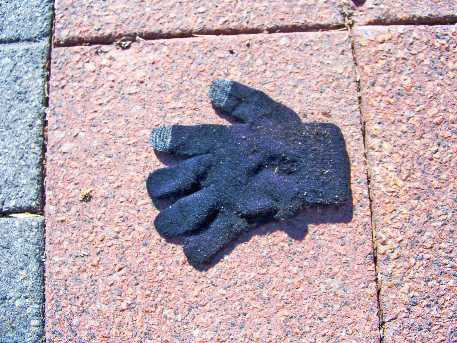 Glove red brick.jpg