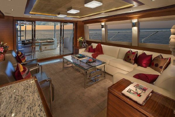 65' REGENCY PILOTHOUSE6.jpg