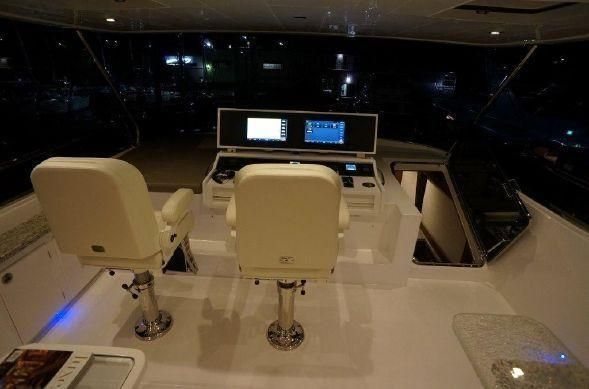 65' REGENCY PILOTHOUSE18.jpg