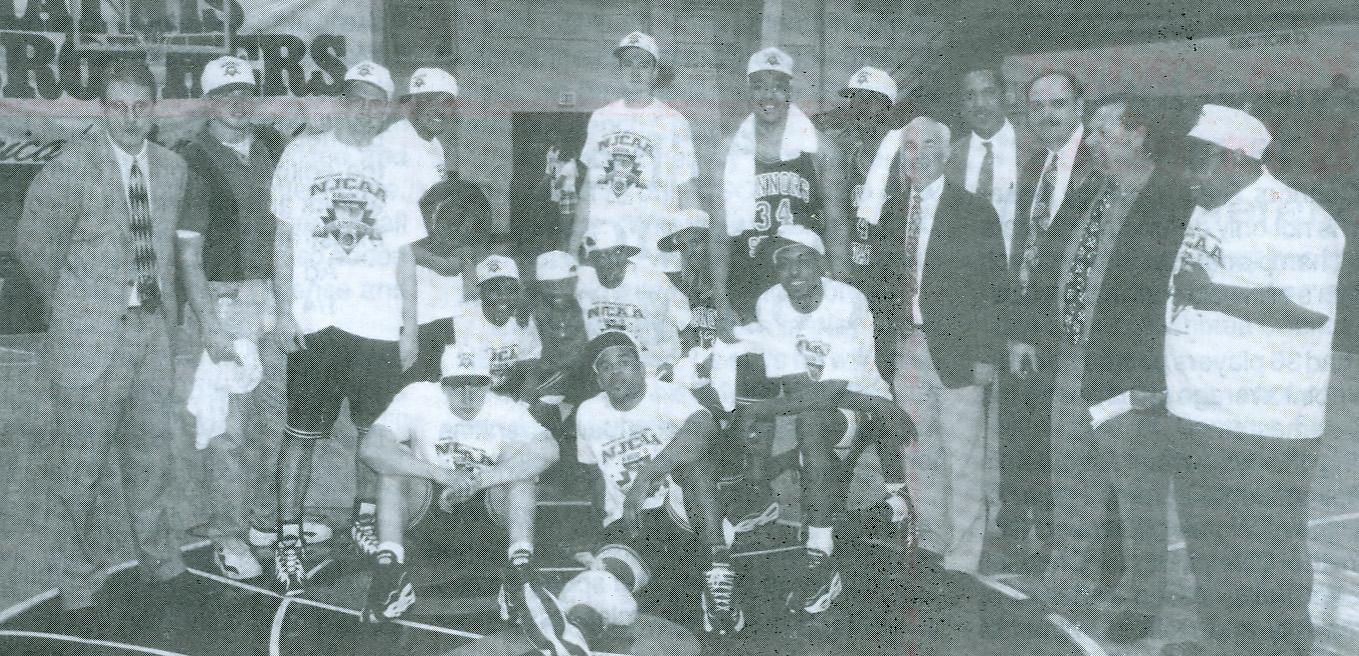 MensBBTeam 5th NJCAA 1996-97.jpg