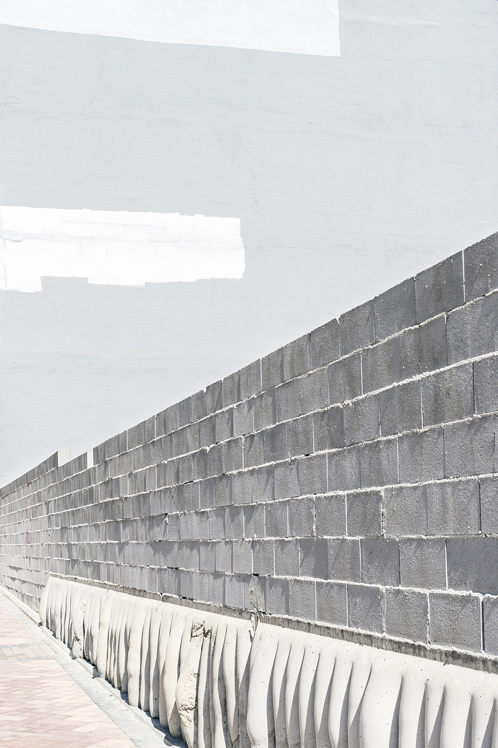 Fábio Cunha, do livro Zona, 2017 AULA ABERTA: FÁBIO CUNHA E MARIANA VELOSO 20 Fev 2018 / 19h30  WORKSHOP: FOTOLIVRO — LIVROFOTO 3 Mar — 13 Mar 2018  Atelier de Lisboa