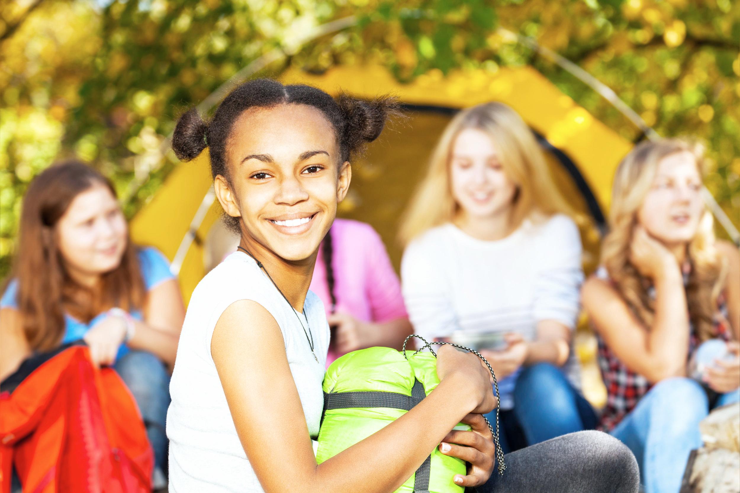 teen+girls+outside+school.jpg