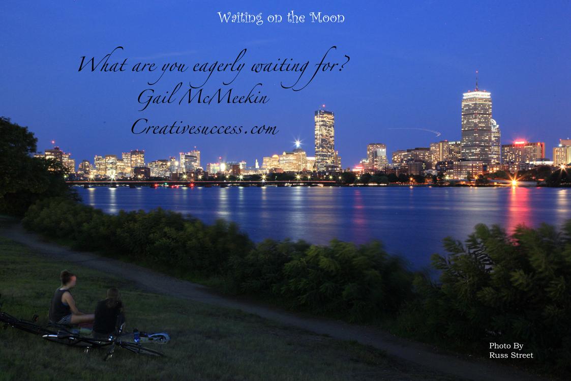 Moon_rise_over_Boston_1123_x_749__0463_.jpg