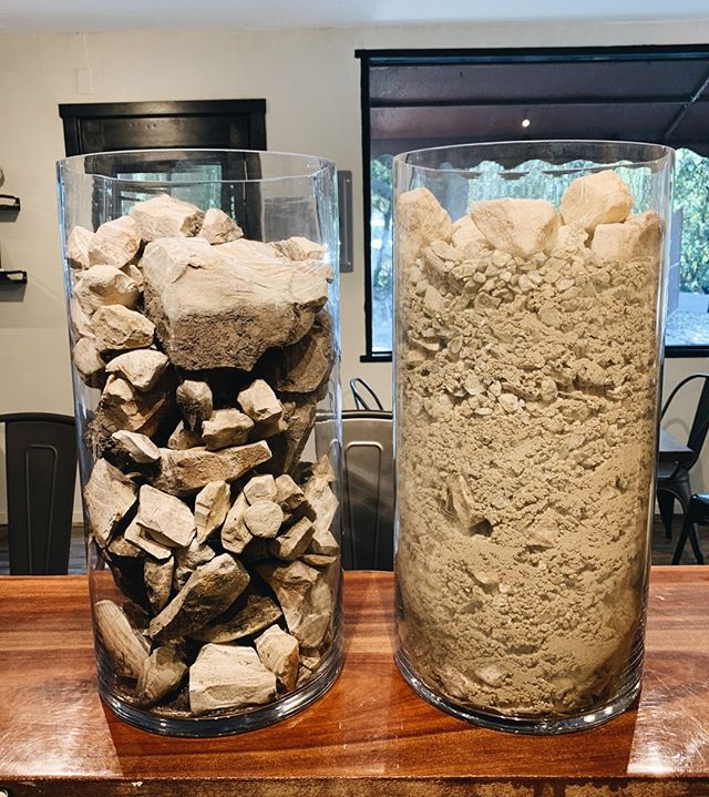 Soil makes the world go 'round... Okay maybe not the whole world, but at least our world. 🍇🍃⁠ *Pictured here (from left to right) soil from Olson vineyard and Eden Rift vineyard.*⁠ .⁠ .⁠ .⁠ .⁠ .⁠ .⁠ .⁠ .⁠ .⁠ .⁠ .⁠ .⁠ #wine #weekend #pinotnoir #chardonnay #carmelvalley #carmel #california #harvest #winemaking #cheers #weekend
