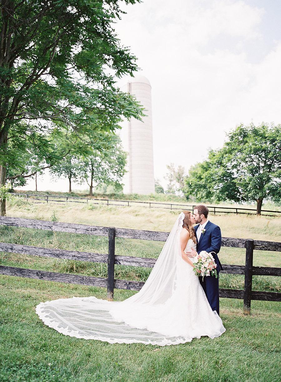 Lauren_Ted_Tranquility_Farm_Virginia_Highlights_Web-48.jpg