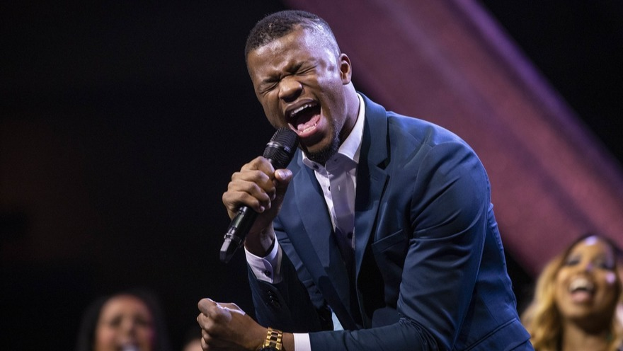 Kelontae Gavin performs at the GMA Honors and Hall of Fame Ceremony in Nashville, Tenn. on May 8, 2019. Photo: Jamie Gilliam