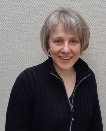 Dr Patricia Jaros