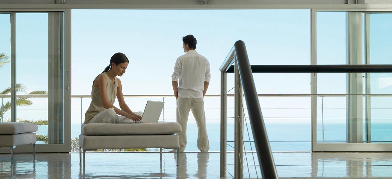 Sublime-Windows_Energy-Efficient-Passive-House_LiftSlideDoor_Ocean_01.jpg