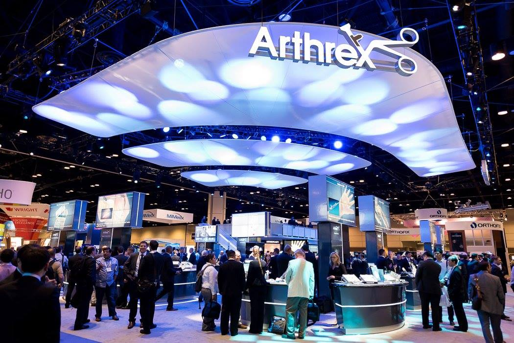 Consultants meet with surgeons to discuss the latest in orthopedic innovations at the annual AAOS.