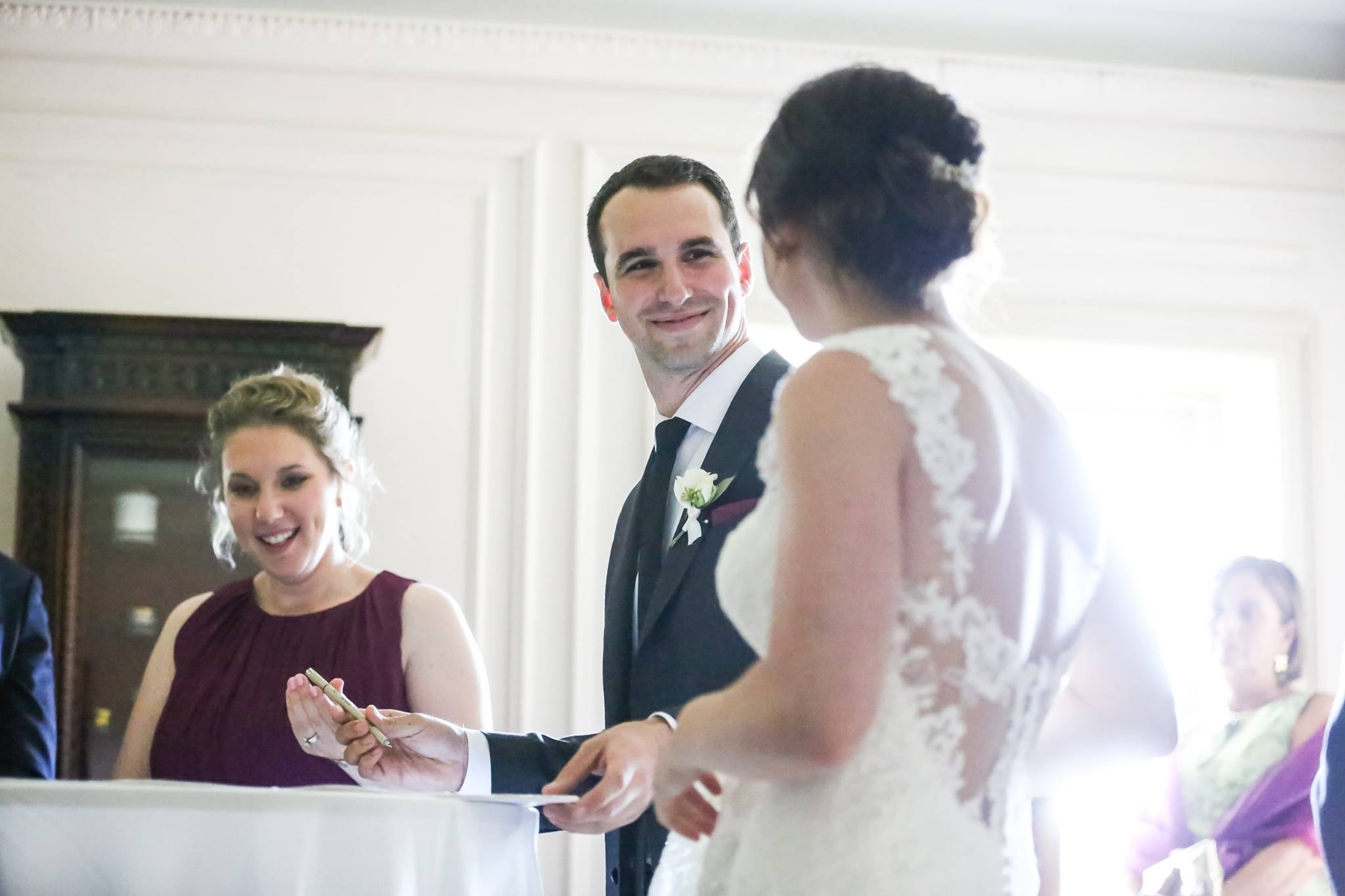 Carly and Michael's ketubah signing ceremony with family and friends in cincinnati, ohio. Photos by Laura Leppert Photography, 2016.