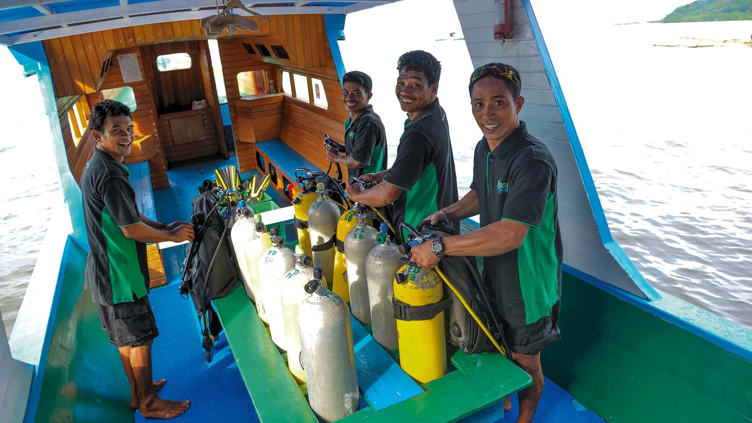 Bunaken_Diving_1.jpg