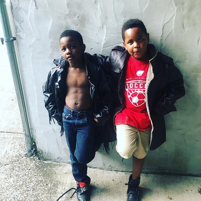 "Couple neighbor kids we adopted that like to watch us practice. They are our ""Jackson 5"". (Yes there's 5!)This is the ""singer"" and the ""bass player"" Elijah and William. It's either to watch us play or the popsicles???#rehearsal #jackson5 #singer #bassplayer #nashville #musiciansofinstagram #keepemouttatrouble"