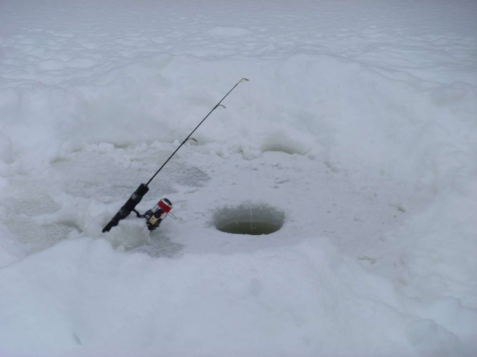 Ice-fishing-Canada.jpg
