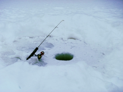 Ice-fishing-Canada.jpg