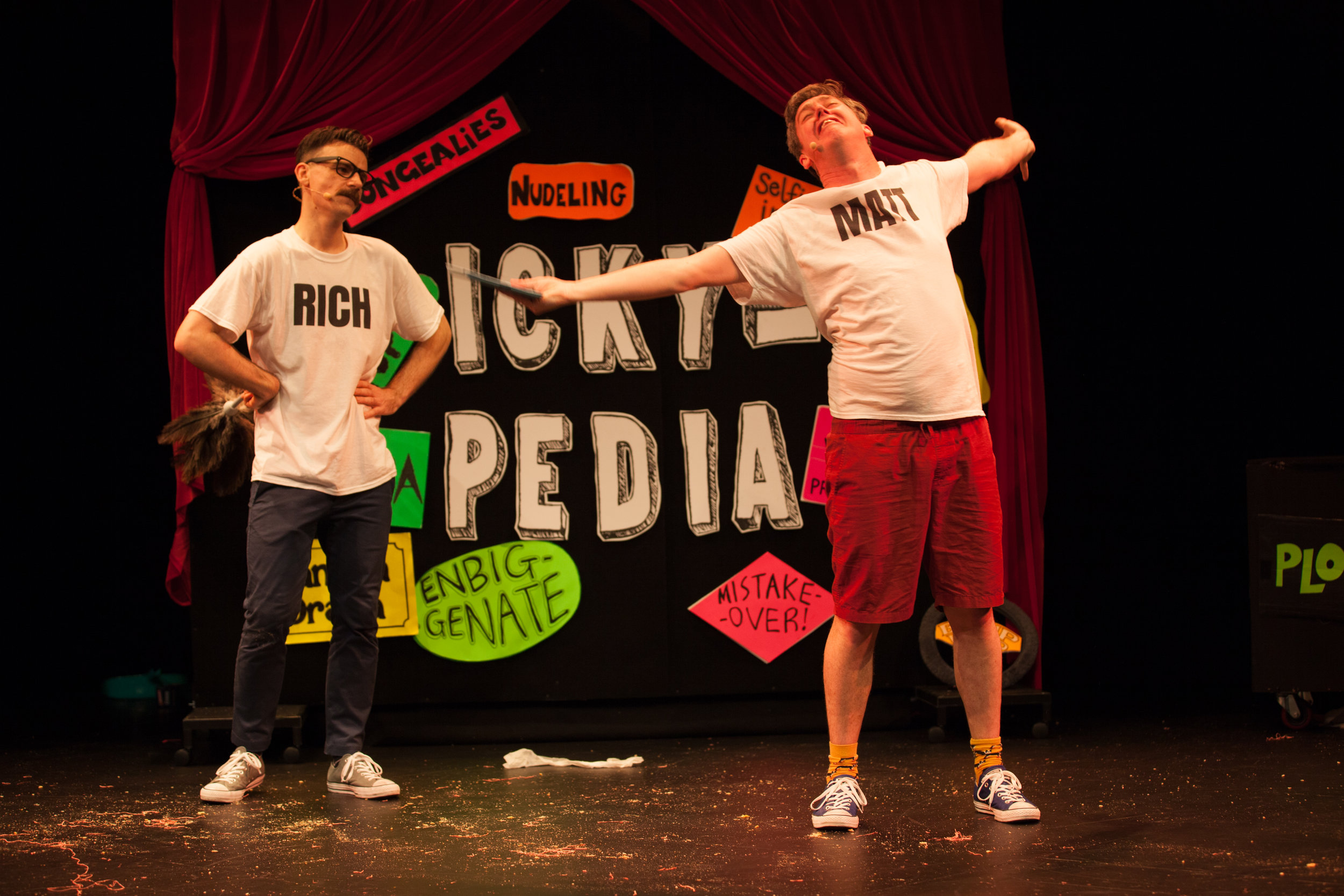 Richard-Higgins-and-Matt-Kelly-The-Listies-Ickypedia-Performance-Image-Photo-by-Pier-Carthew.jpg