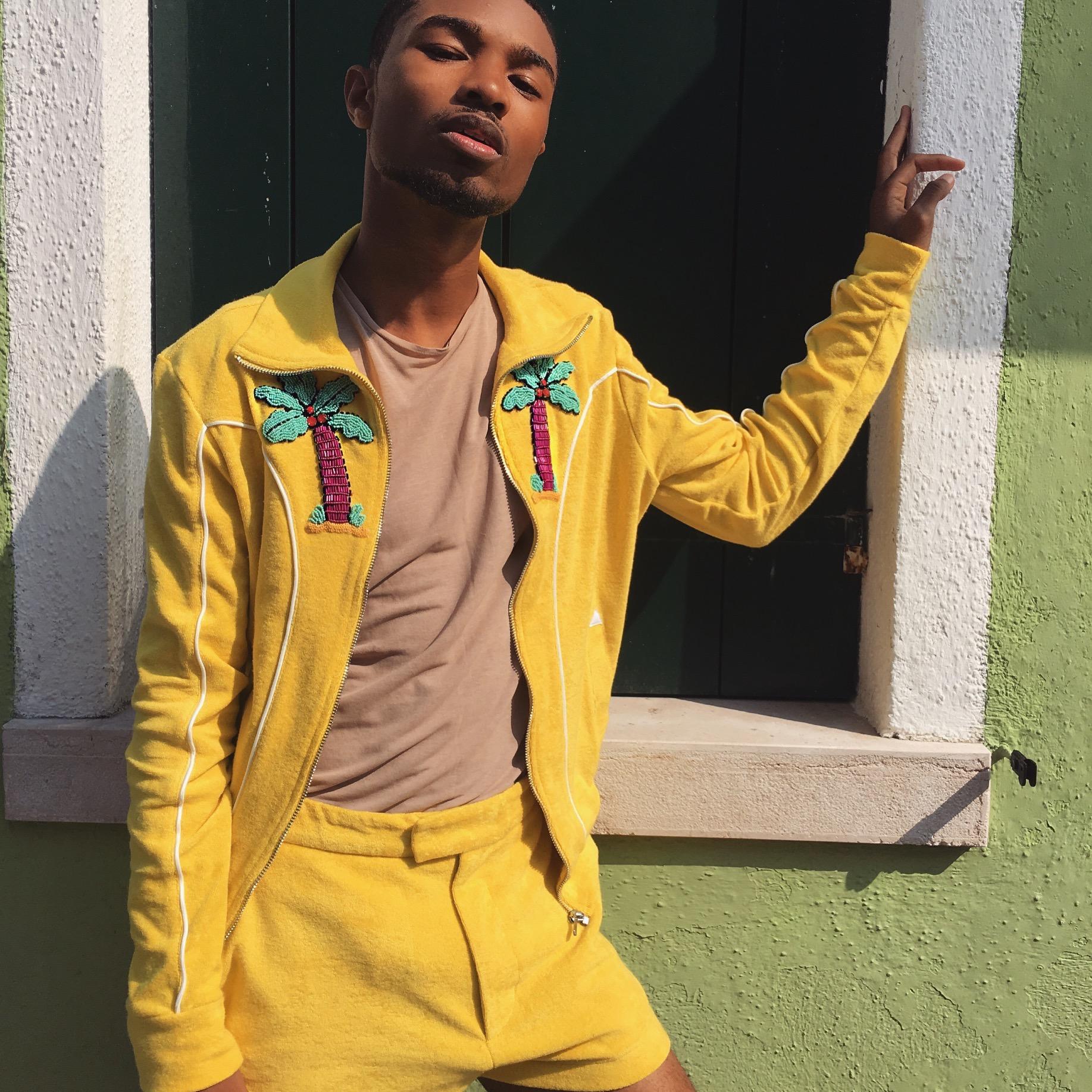Jacket x Shorts -