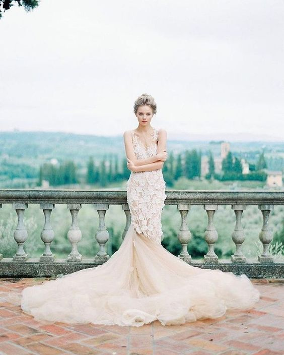 Pronovias | Image By The Cab Look Foto Lab