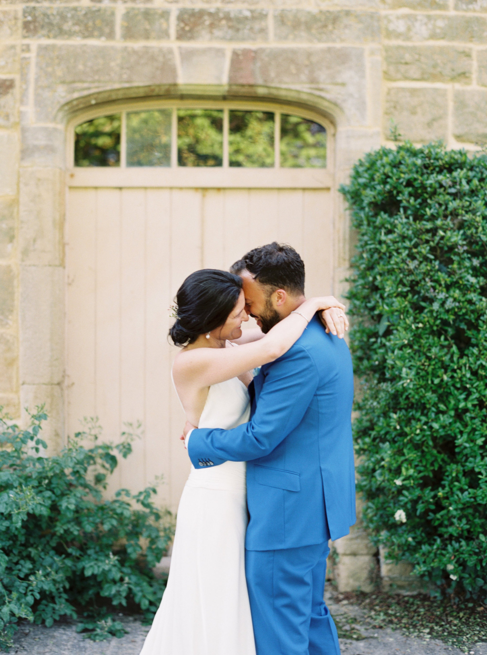 Luxury Wedding Planner UK | Jennifer & Timothy's English Country Manor Wedding | Soft Pink Pale Blue White and Silver Toned Green Neutral Tones American Bride North Cadbury Court | Nicole Colwell Photography  0010.jpg