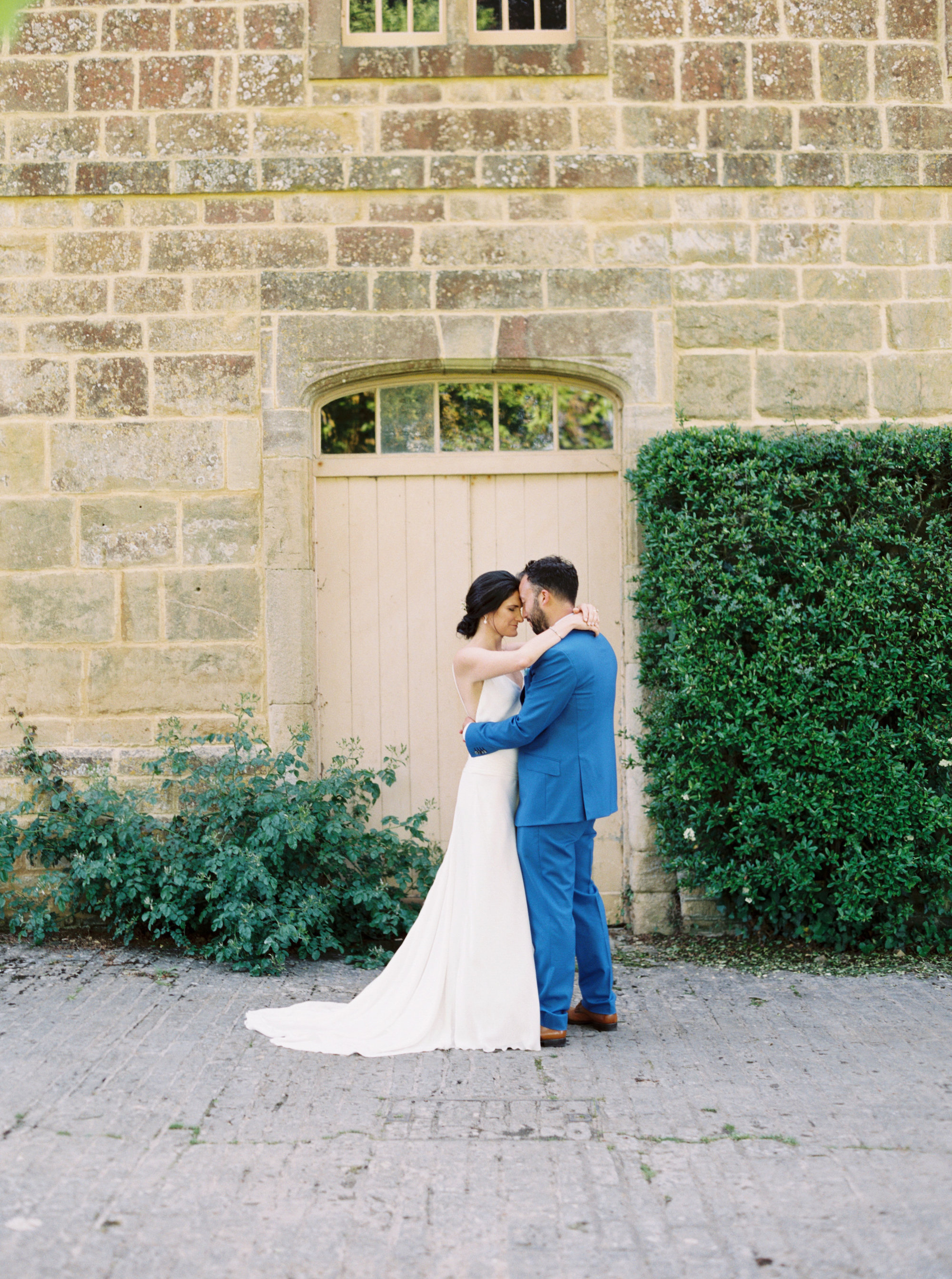 Luxury Wedding Planner UK | Jennifer & Timothy's English Country Manor Wedding | Soft Pink Pale Blue White and Silver Toned Green Neutral Tones American Bride North Cadbury Court | Nicole Colwell Photography  0012.jpg