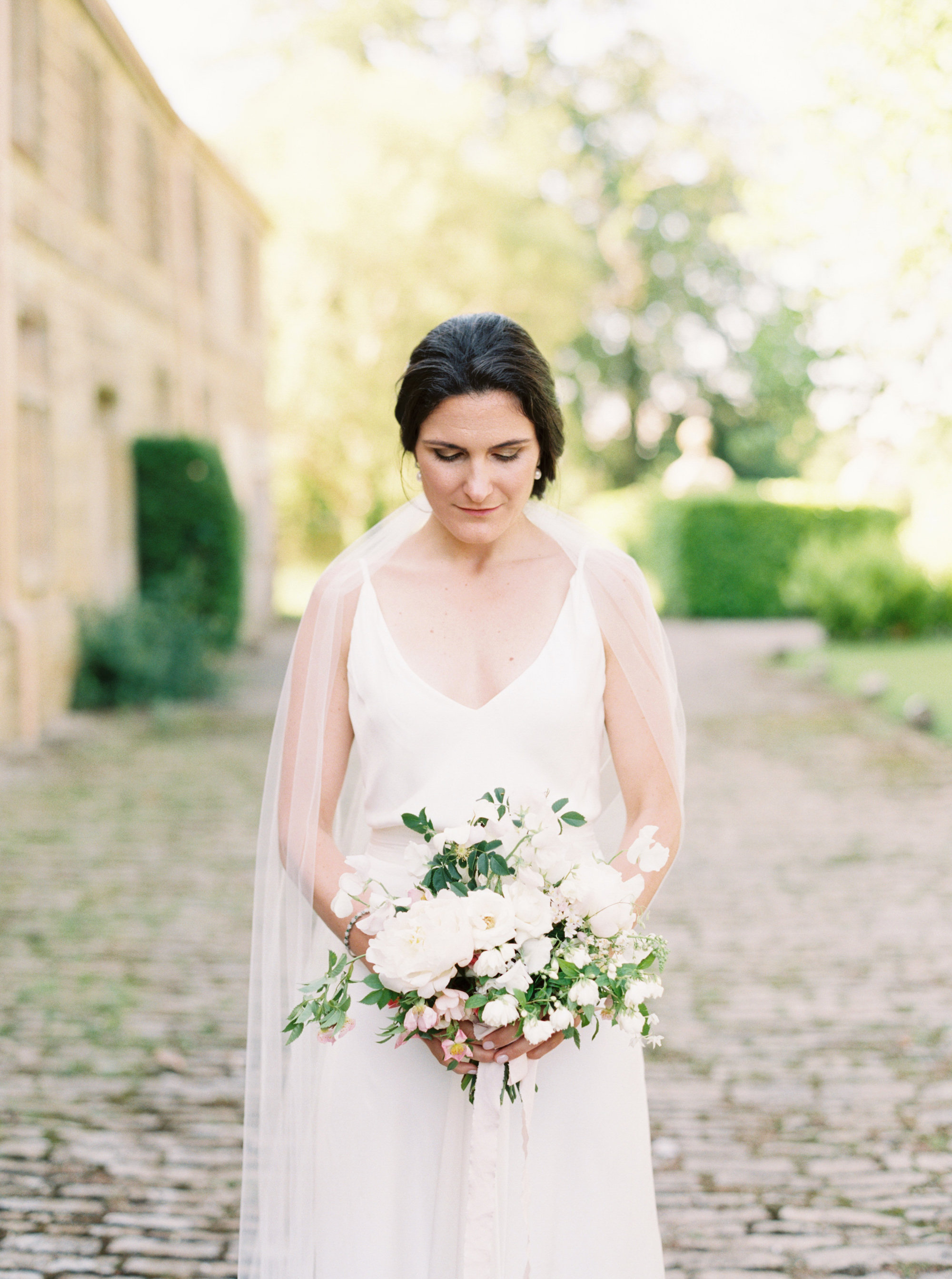 Luxury Wedding Planner UK | Jennifer & Timothy's English Country Manor Wedding | Soft Pink Pale Blue White and Silver Toned Green Neutral Tones American Bride North Cadbury Court | Nicole Colwell Photography  0046.jpg